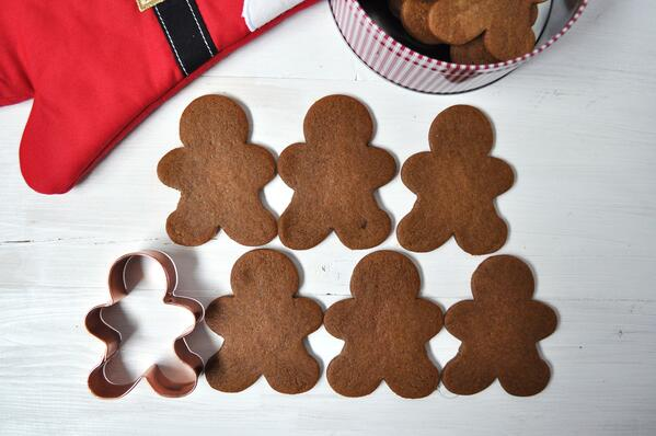 8 Old Fasioned Gingerbread Cookies