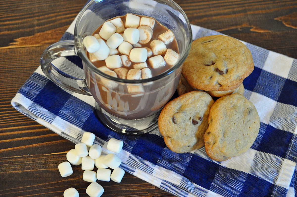 Chocolate Chip Cookies and Hot Cocoa
